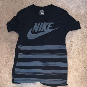 Men's Small Nike Tshirt